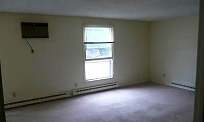 Living Room, 15 Back River Rd, 2