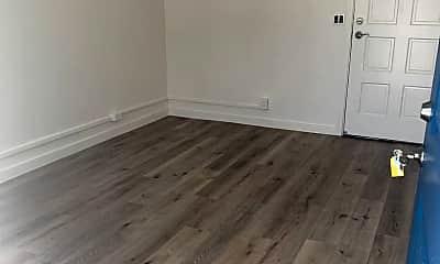 Living Room, 3521 Kanaina Ave, 2