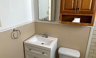 Bathroom, 3817 S Ong St, 1