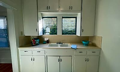 Kitchen, 1400 Fremont Ave, 0