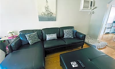 Living Room, 147 Rudolf Rd, 1