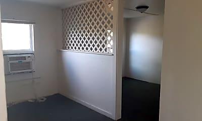 Bedroom, 414 1/2 S Miami St, 2