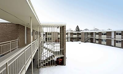 Building, Cottonwood Apartments, 0