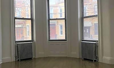 Living Room, 59-18 68th Rd 1-FLR, 2