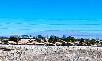 1050 E Cactus Ave 2036, 1