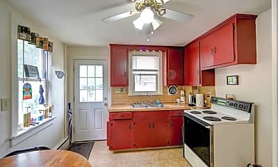 Kitchen, 17 Burd St, 1