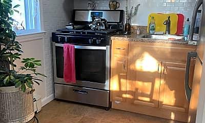 Kitchen, 400 Cross Rd A2, 1