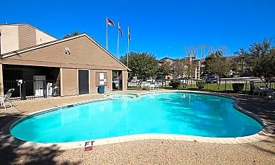 Pool, 1348 Thorpe Ln, 1
