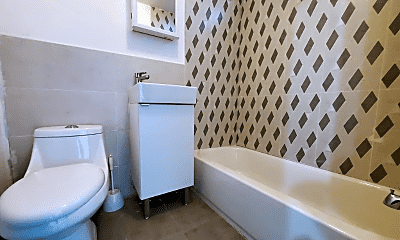 Bathroom, 144 Clendenny Ave, 2