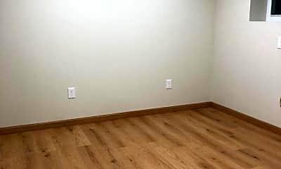 Bedroom, 2414 W 1st St LL, 1