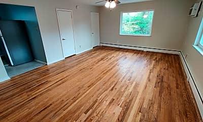 Living Room, 2543 Vera Ave, 0