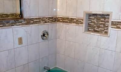 Bathroom, 1223 E Singer Cir, 2