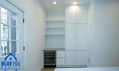 Kitchen, 511A Monroe St, 2