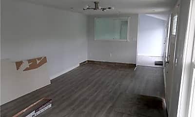 Living Room, 576 Lakes Rd, 1