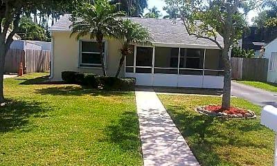 Building, 646 Oak St, 2