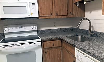 Kitchen, 260 Mt Auburn St, 1