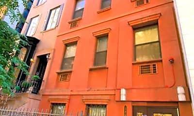 Building, 126 E 31st St, 0
