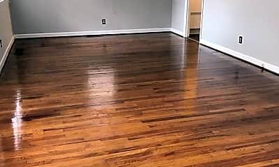 Living Room, 107 Garrett St, 1