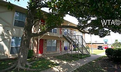 1631 Aquarena Springs Dr, 2