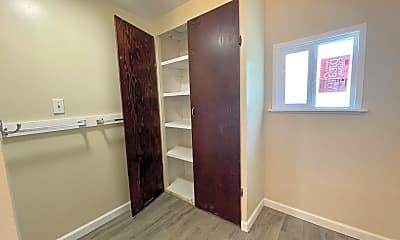 Bedroom, 253 W Providencia Ave, 2