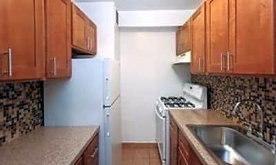 Kitchen, 31-16 68th St, 0