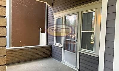 Patio / Deck, 537 E 11th St, 1