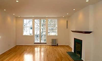 Living Room, 92 Grove St, 1