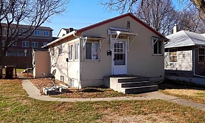 2425 S Norton Ave, 0