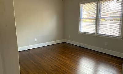 Living Room, 3401 Meredith Avenue, Unit 3403, 1