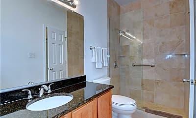 Bathroom, 300 Yarmouth St, 2
