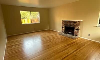 Living Room, 372 Northumberland Ave, 1