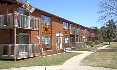 Building, Ascot Park Apartments, 0