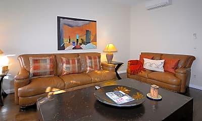 Living Room, 814 E Cooper Ave, 1
