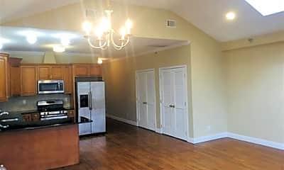 Kitchen, 272 St Pauls Ave, 1