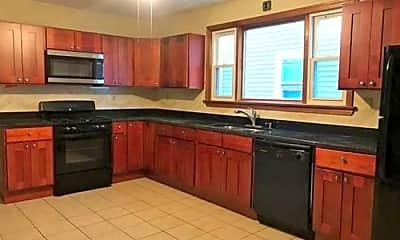 Kitchen, 32 Holyoke St, 0