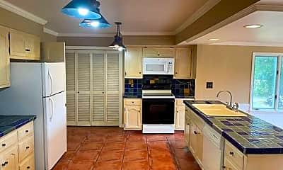 Kitchen, 5437 Covington Rd, 2