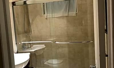Bathroom, 109 Gibson Ave, 2