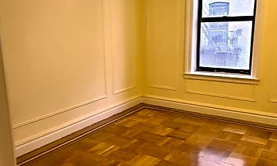 Bedroom, 437 Valentine St, 1