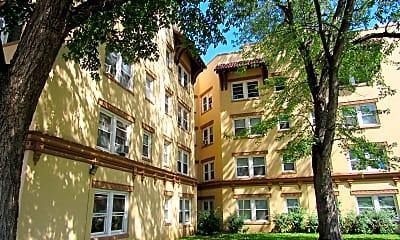 Building, The Bristol Apartments, 0