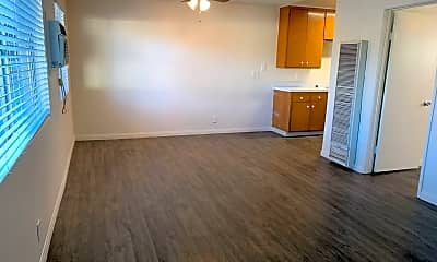 Living Room, 336 Claydelle Ave, 0
