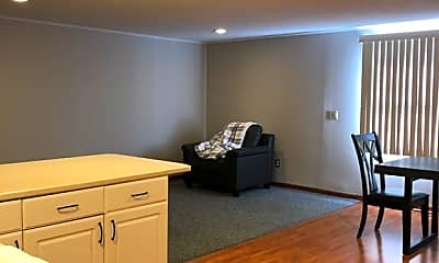 Living Room, 600 N Main St A, 0