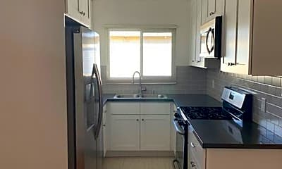 Kitchen, 3609 Mentone Ave, 1