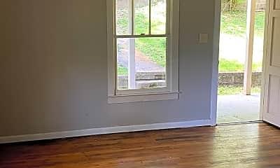 Living Room, 1028 Beason Dr, 1