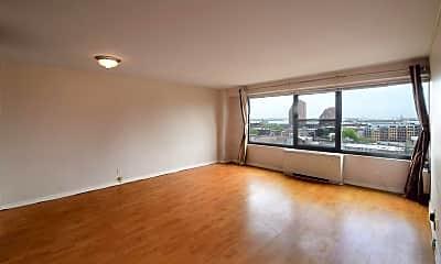 Living Room, 135 Montgomery St 13C, 0