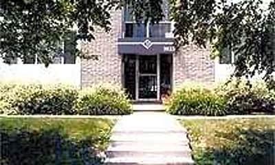 Devon Park Apartments, 1