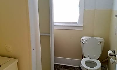Bathroom, 2701 P St, 2