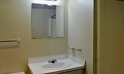 Bathroom, Kenilworth Manor, 2