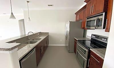 Kitchen, 8290 Gate Pkwy W 1020, 1