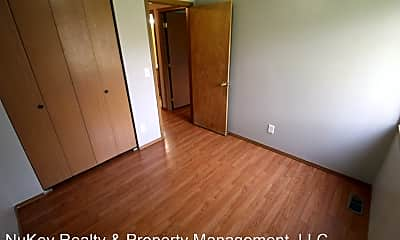 Living Room, 2211 N Hamilton St, 2