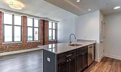 Kitchen, The Residences at Barnett, 0